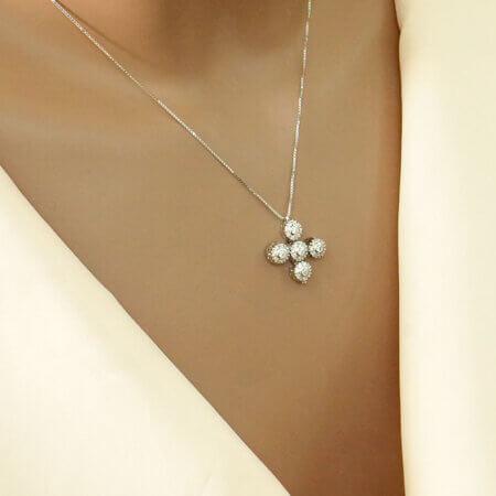 Γυναικείος Σταυρός Από Ασήμι Με Λευκές Πέτρες Λαιμού 925