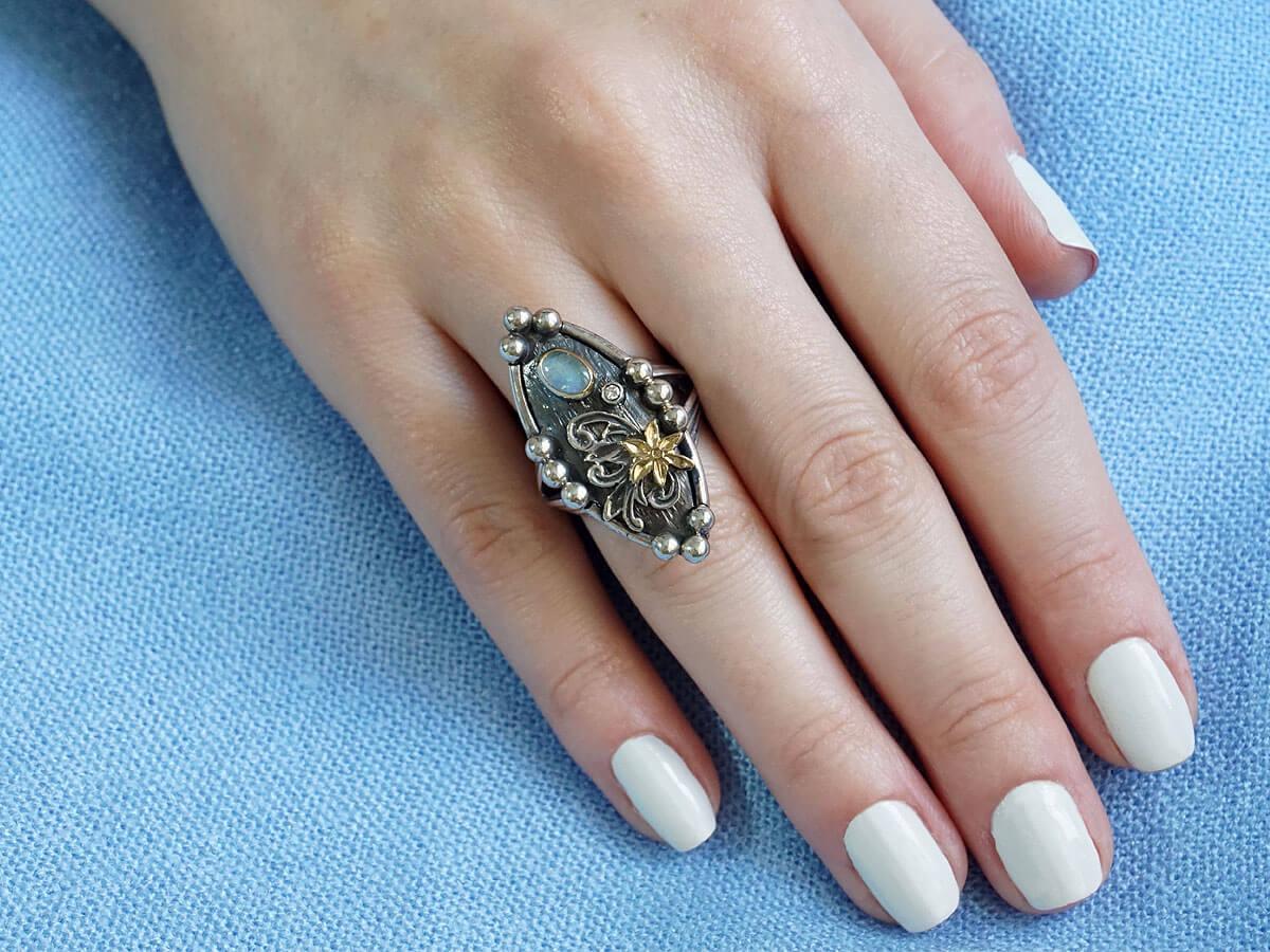 Γυναικείο Ασημόχρυσο Δαχτυλίδι με Οπάλιο Μπριγιάν Διαμάντι Χειροποίητο 18Κ 950