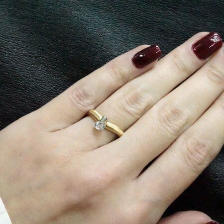 Χρυσό Γυναικείο Δαχτυλίδι 14 καράτια με Κεντρική Λευκή Ζιργκόν Πέτρα