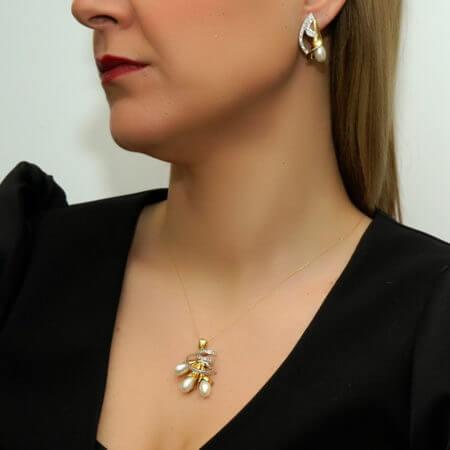 Γυναικείο Μενταγιόν 18 Καράτια Χρυσό Brilliant Μαργαριτάρια