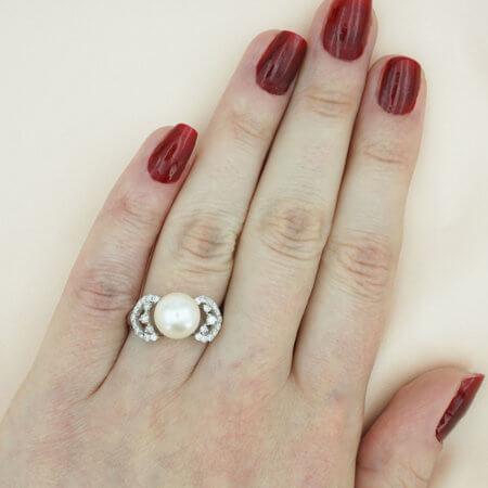 18 Καρατίων Λευκόχρυσο Δαχτυλίδι Διαμάντια Μπριγιάν Λευκό Μαργαριτάρι Γυναικείο