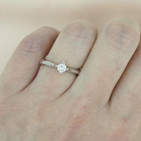Γυναικείο Μονόπετρο Δαχτυλίδι Λευκόχρυσο 18 Καρατίων Διαμάντι Brilliant Δώρο Επετείου Αρραβώνα Γάμου