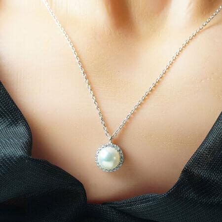 Κρεμαστό με Μαργαριτάρι Λευκόχρυσο 9Κ Πέτρες Ζιργκόν Λευκές Γυναικείο