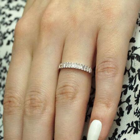 Μισόβερο Δαχτυλίδι Λευκόχρυσο Ζιργκόν Παγιέτα 14Κ Γυναικείο Κόσμημα