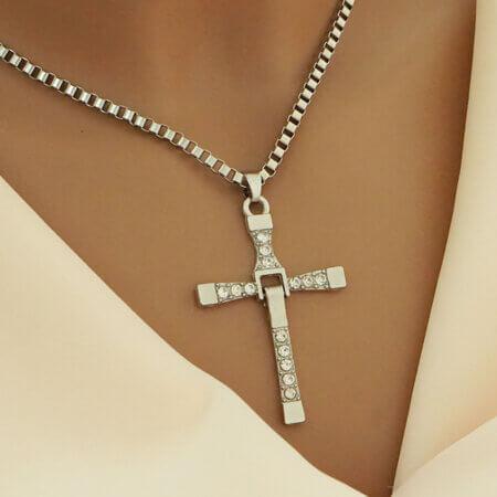 Γυναικείος Σταυρός απο Ατσάλι Λευκές Πέτρες Ζιργκόν Αλυσίδα Λαιμού