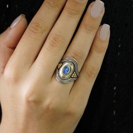 Δαχτυλίδι Με Οπάλιο