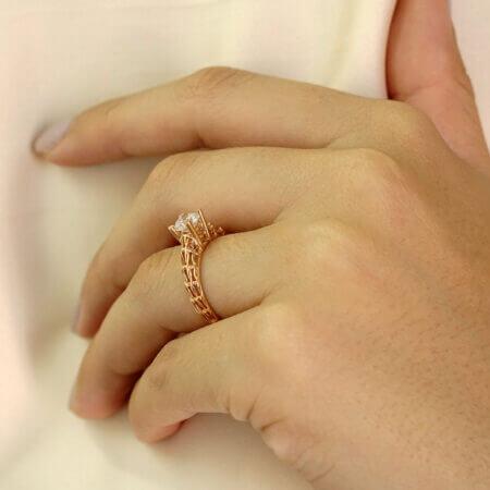 Μονόπετρο Δαχτυλίδι Γάμου