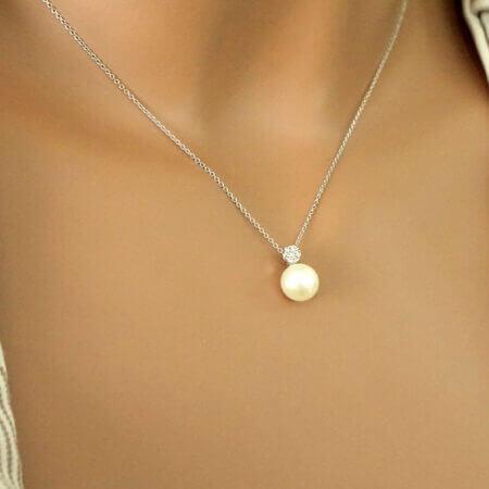 Γυναικείο Μενταγιόν Με Μαργαριτάρι Λευκόχρυσο 9 Καρατίων Αλυσίδα Ζιργκόν Πέτρες