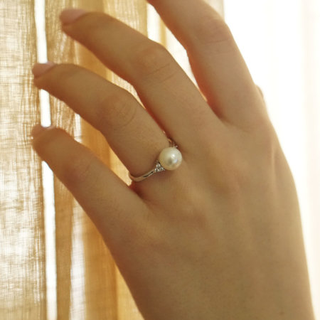 Γυναικείο Δαχτυλίδι Με Μαργαριτάρι Λευκόχρυσο 14 Καρατίων