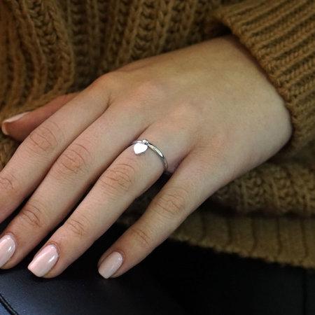 Γυναικείο Λευκόχρυσο Δαχτυλίδι Με Καρδιά 14 Καρατίων